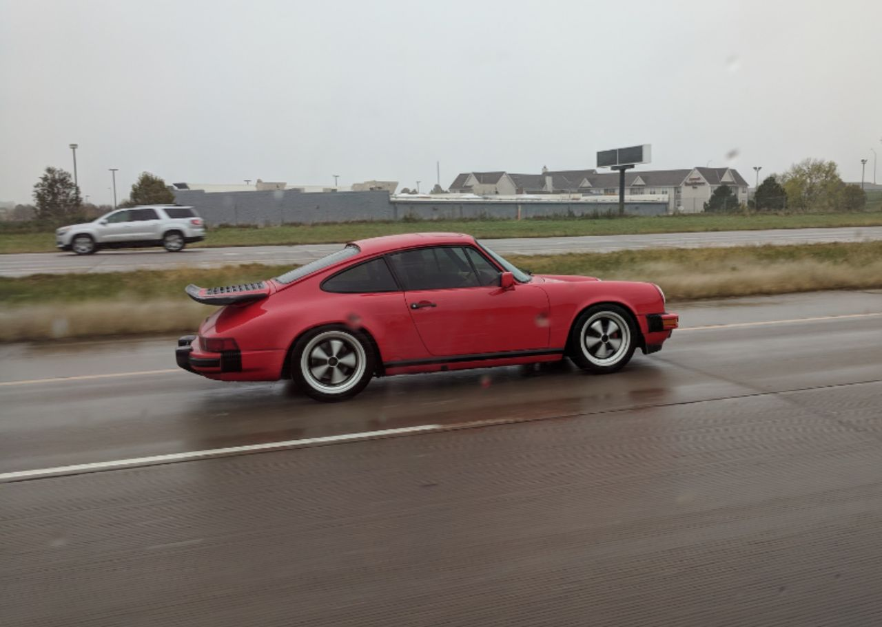 Love seeing Porsches!!