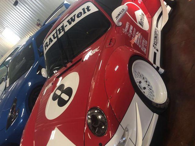 Porsche #8