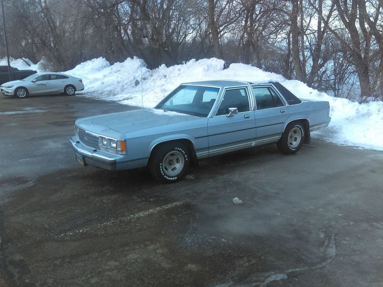 1991 Ford Crown Victoria_0