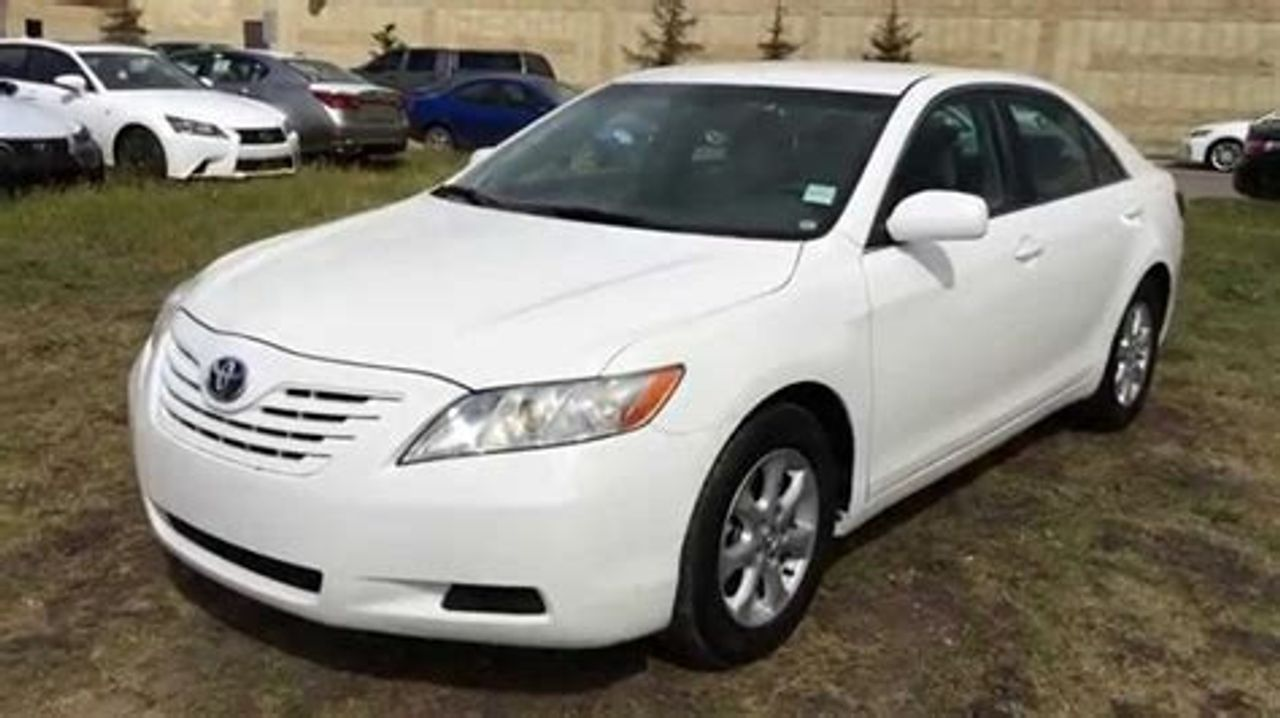 2009 Toyota Camry Hybrid Base | Sioux Falls, SD, Super White (White), Front Wheel