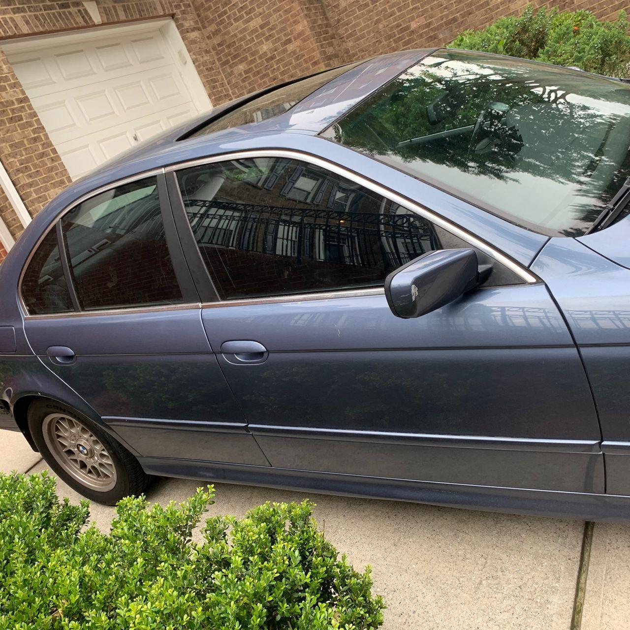 2001 BMW 5 Series 525i_5