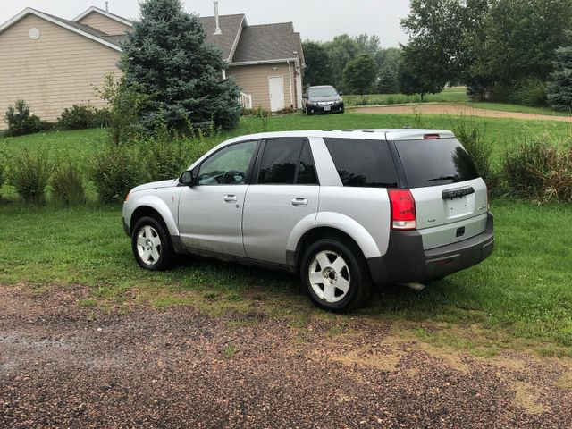 2004 Saturn Vue Base, Silver Nickel (Silver), All Wheel